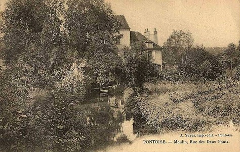 Couleuvre at Pontoise
